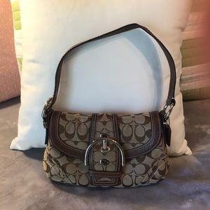Coach small shoulder bag.